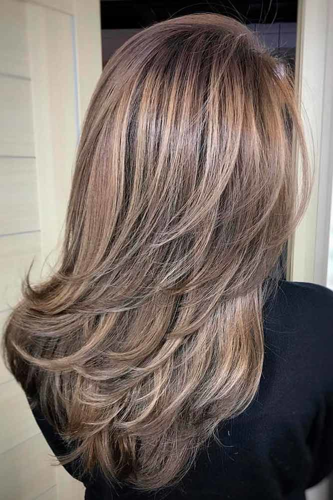 Choppy Medium Length Layered Hair Ashy #mediumhair #layeredhair