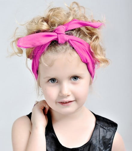 Lovely Cute Little Girl Medium Curly Hairstyles for School